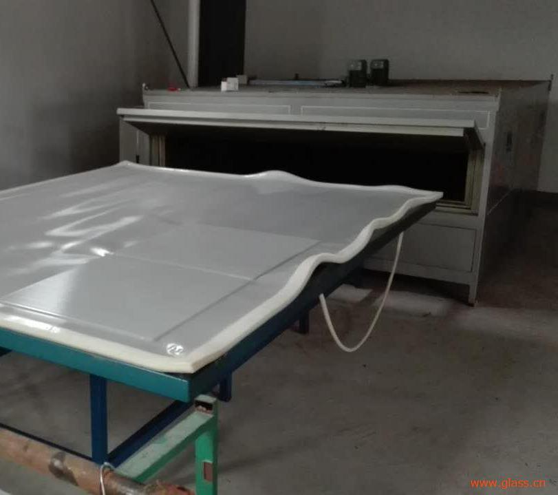 夹层玻璃设备厂家
