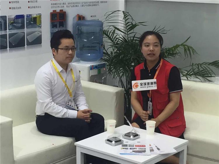 全球玻璃网采访小组独家报道苏州龙雨电子设备有限公司