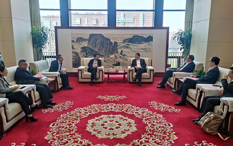 彭壽與九江市領導舉行工作座談