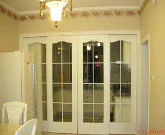 钢化玻璃门的安装方法