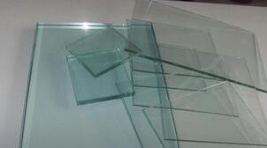 16年平板玻璃产量及出口增长 17年或将持续
