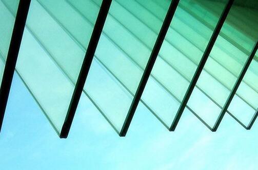 沙河玻璃价格下调  库存上涨