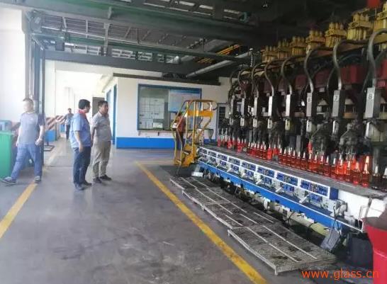 平度市发改局到荣泰玻璃制品有限公司检查督导煤炭消费减量工作