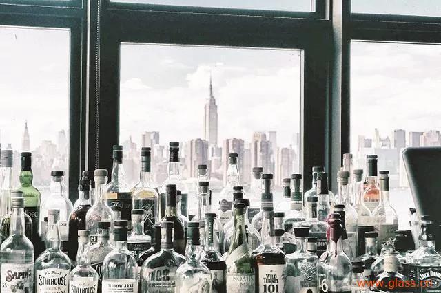 专家建议对玻璃瓶强制回收立法