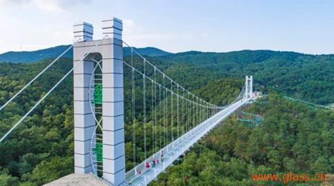 佛山盈香生态园玻璃桥率先通过专家组复审,国庆假期将迎新高峰