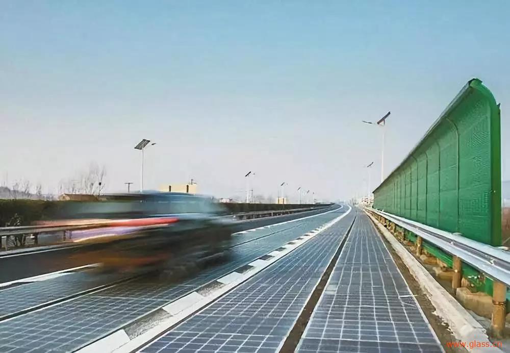 光伏玻璃将迎来新发展,超薄玻璃或是新方向
