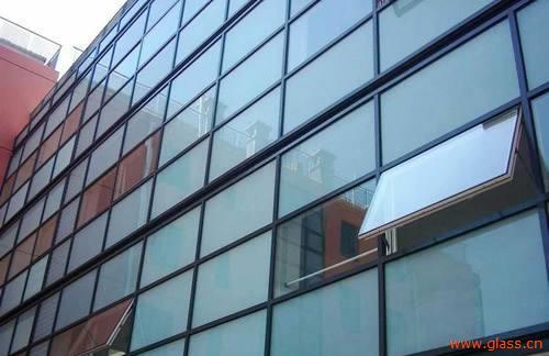 """怎样解决玻璃幕墙平整度和""""应力斑"""""""