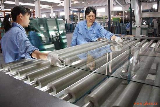 华东玻璃原片价格领涨全国,玻璃深加工企业面临洗牌