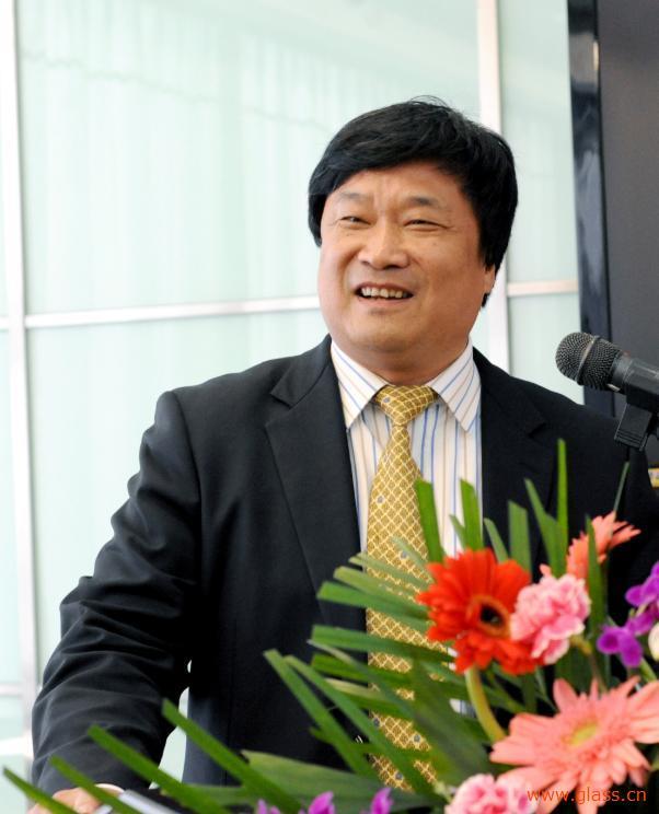 高元坤传奇故事:36岁借50万创业,50岁身价40亿成济南首富