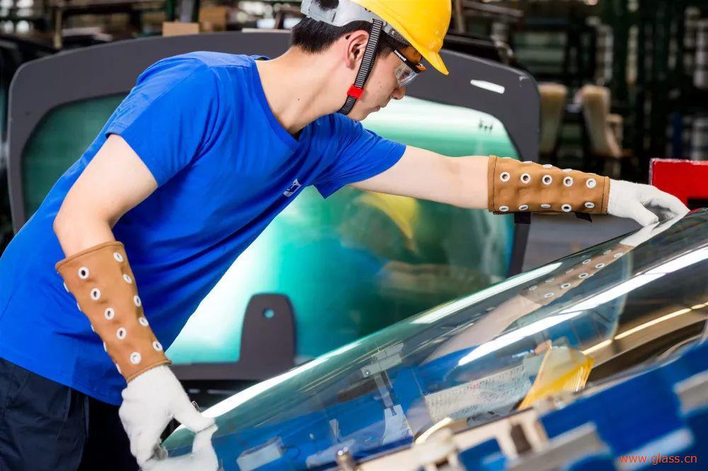 预计2026年全球汽车玻璃市场规模将达到277.5亿美元