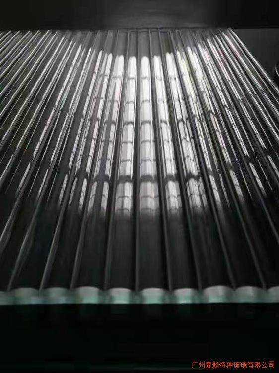 长虹夹丝玻璃 瓦楞条纹夹娟玻璃加工定制5-8mm长虹玻璃 室