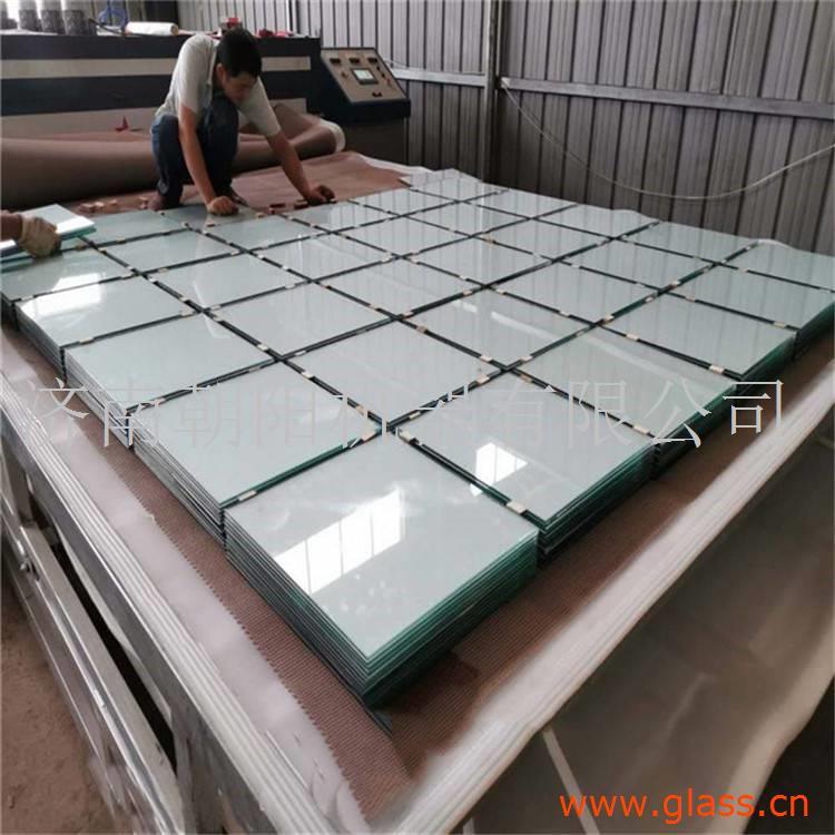 朝阳设备淋浴房玻璃夹胶炉