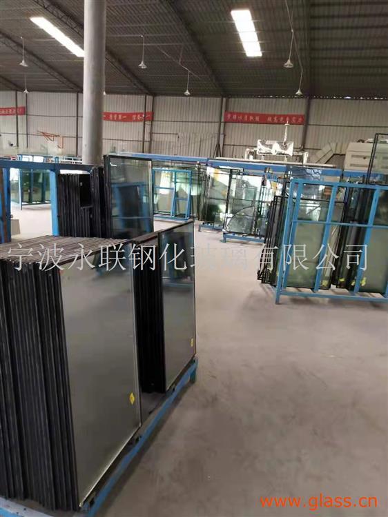 节能性夹胶玻璃
