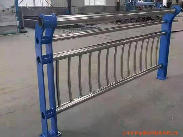 苏州人行天桥安全防护栏杆桥梁护栏价格