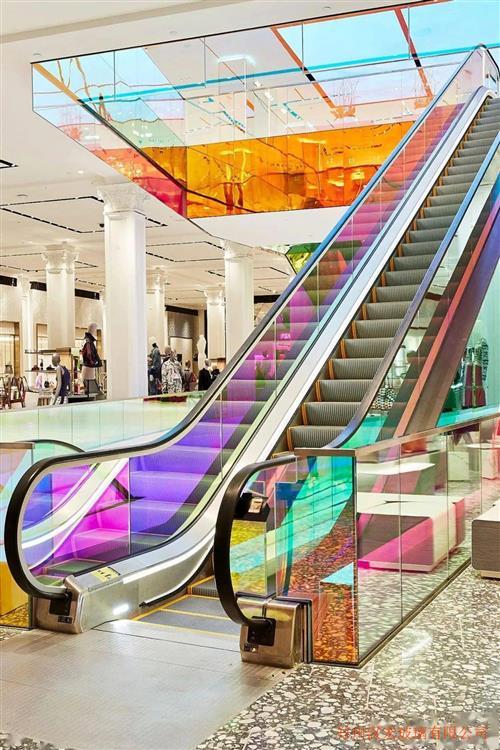 上海酒店玻璃顶曲面夹丝弧形钢化玻璃