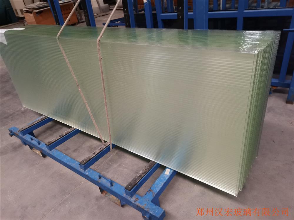 10mm超白长虹钢化玻璃