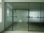 德州供应各种规格钢化玻璃