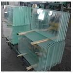 常年加工3MM----12MM钢化玻璃