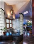 淋浴玻璃隔断-浴室玻璃售价