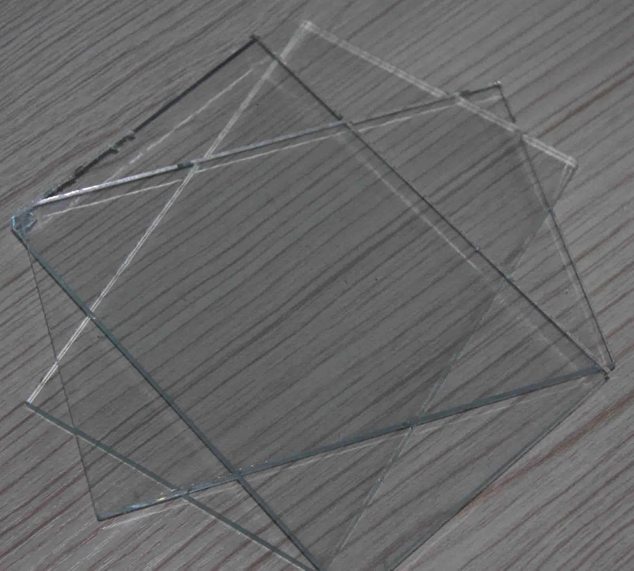 厂家直销各种规格厚度浮法玻璃原片