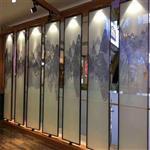 夹绢丝画玻璃 屏风夹画玻璃 装饰隔断夹山水画玻璃 同民