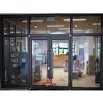 济南小区防火玻璃门安装案例